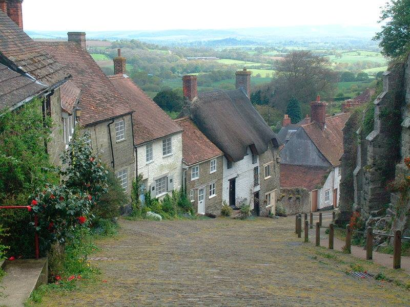 Gold Hill w Shaftesbury. Fot. Visit Britain