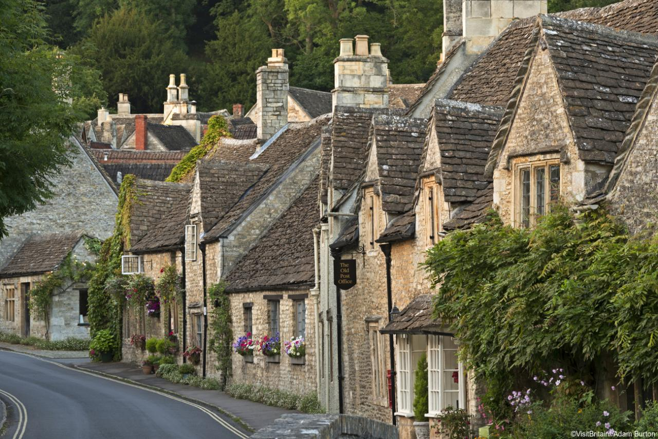 Castle Combe. Fot. Visit Britain Media Library